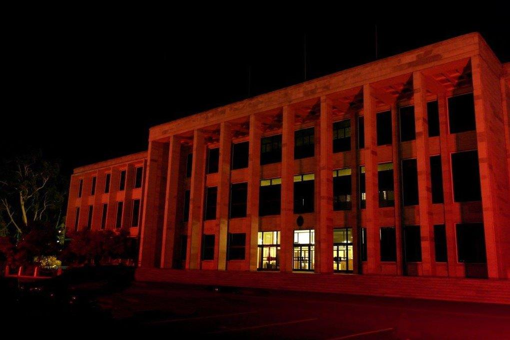 /WebCMS/WebCMS.nsf/Parliament lit red at night to promote a community cause